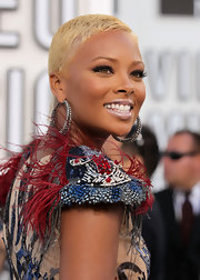 Eva Pigford wore her hair in a cool buzzcut at the 2010 MTV VMAs.