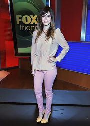 Rachel Bilson paired her blouse with J Brand skinny jeans in a brighter shade of pink.