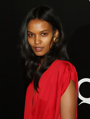 Liya Kebede attended the 'Quantum of Solace' screening wearing a pair of huge gold studs.