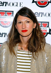 Jenna Lyons wore messy-chic waves with a deep side part when she attended Teen Vogue's Fashion University.