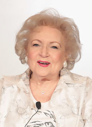 Betty White wore a teased bob at the 2012 Winter TCA Tour.