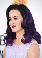 Katy Perry looked lovely with her vintage-inspired curls at the 2012 Billboard Music Awards.