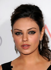 Mila Kunis accentuated her gorgeous eyes with heavy shadow and liner for AFI FEST 2010.