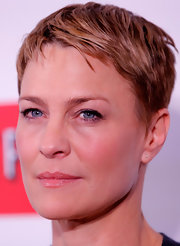 Robin Wright looked cool with her pixie at the New York premiere of 'House of Cards.'