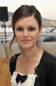 Rachel Bilson added major glamour to her look with a pair of Cartier Caresse d'Orchidees dangling diamond earrings.