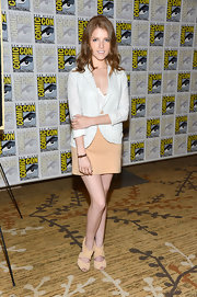 Anna Kendrick was nautical-chic in a striped blazer when she attended Comic-Con.