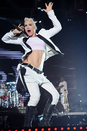 Gwen Stefani performed at the F1 Rocks Singapore concert wearing a funky black-and-white pantsuit and a crop-top.