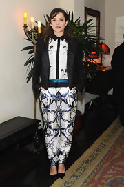 A black Prabal Gurung tuxedo jacket added a serious touch to Marion Cotillard's feminine ensemble.