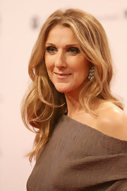 Celine Dion attended the 2012 Bambi Awards wearing her hair in soft waves.