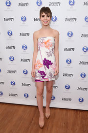 Sami Gayle looked absolutely darling in a floral strapless mini dress by Leonard at the Variety Studio in Cannes.