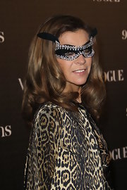 Carine Roitfeld wore a retro-chic curly 'do to the Vogue 90th anniversary party.