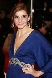Clotilde Courau paired a dark brown mani with her blue outfit for the 2007 Berlin International Film Festival opening ceremony.