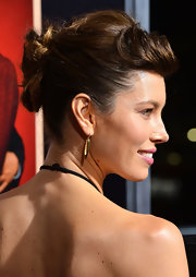 Jessica Biel was fabulously coiffed with a twisted bun and pompadour bangs at the premiere of 'Hitchcock.'