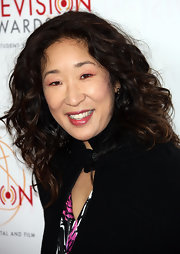 Sandra Oh looked fab with her voluminous curls at the 2012 College Television Awards.