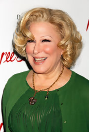 Bette Midler went vintage-glam with this curled-out bob at the opening of 'Ill Eat You Last.'