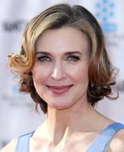 Brenda Strong looked glam with her curly bob at the TCM Classic Film Festival premiere of 'Cabaret.'