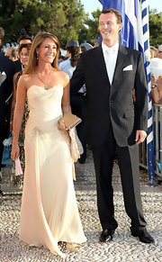 Princess Marie chose a classic strapless gown for the wedding of Prince Nikolaos and Miss Tatiana Blatnik.