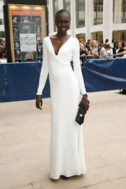 Alek Wek looked very classy in a long-sleeve white evening dress during the American Ballet Theatre Gala.