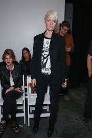 Kate Lanphear smartened her tee and jeans combo with a black blazer when she attended the Altuzarra fashion show.