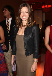 Jessica Biel attended the Cartier 100th anniversary celebration wearing a stunning diamond bracelet.