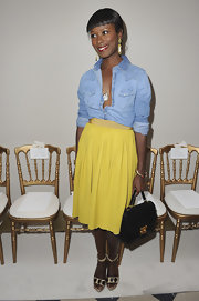 Shala Monroque pulled her look together with a vintage-chic black single-strap tote.
