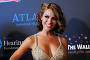Chrishell Stause looked lovely with her curled-out bob at the 2011 Daytime Entertainment Emmy Awards.