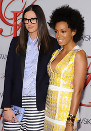 Jenna Lyons accessorized her menswear-inspired outfit with a lovely printed clutch when she attended the CFDA Fashion Awards.