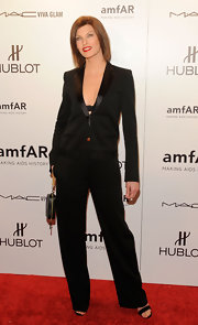 Linda Evangelista arrived at the amfAR New York gala wearing a black jumpsuit.