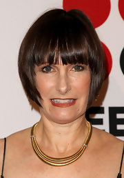 Gale Ann Hurd opted for a short hairstyle with eye-grazing bangs when she attended the 2011 VES Awards.