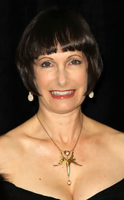 Gale Ann Hurd wore her hair short with blunt bangs at the 2011 ACE Eddie Awards.