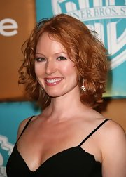 Alicia Witt wore her hair in a curled-out bob at the 2007 InStyle and Warner Bros. Golden Globes after-party.