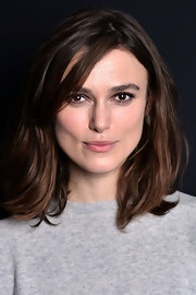 Keira Knightley wore a casual lob at the 'Anna Karenina' screening.