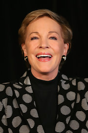 Julie Andrews attended a media call in Sydney wearing her usual short side-parted style.