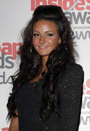 Michelle Keegan attended the Inside Soap Awards rocking a smoky cat eye.