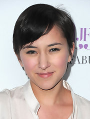 Zelda Williams sported a casual short 'do at the launch of JustFabulous.