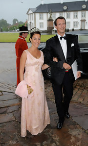 Princess Marie looked glam in a beaded pink gown during Prince Henrik of Denmark's 75th birthday dinner.