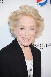 Holland Taylor wore a just-got-out-of-bed 'do at the Drama League Awards.