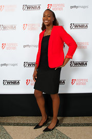 Tamika Catchings pulled her outfit together with a pair of kitten heels.
