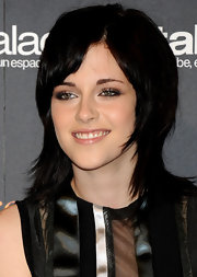 Kristen Stewart went for an edgy-chic shag at the 'Twilight Saga: New Moon' fan event in Madrid.