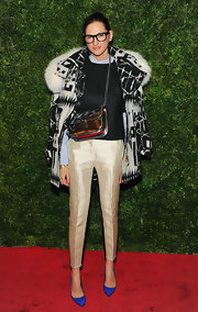 Jenna Lyons added some shine to her ensemble via a metallic silver shoulder bag.