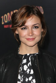 Samaire Armstrong sported a short wavy cut at the premiere of 'Zombieland.'