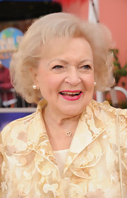 Betty White wore her hair in a curled-out bob at the premiere of 'Dr. Seuss' The Lorax.'