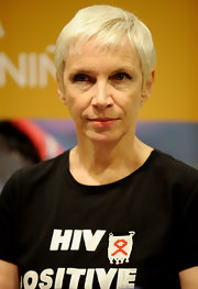 Annie Lennox stayed cool with this pixie at the Save the Children press conference.