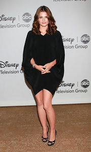 Black cutout peep-toes finished off Stana Katic's outfit with a dose of sexiness.