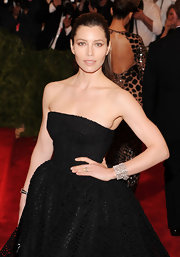 A Fred Leighton diamond cuff bracelet added major sparkle to Jessica Biel's Met Gala look.