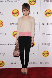 Sami Gayle attended the 'Bully' screening wearing a casual yet cute two-tone ruffle-hem scoopneck sweater.