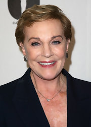 Julie Andrews went for a short side-parted hairstyle at the 'Evening with Blake Edwards' event.