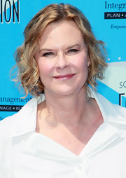 JoBeth Williams attended the SAG Foundation Golf Classic wearing her hair in a curly bob.
