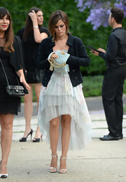 Rachel Bilson polished off her look with a lovely mint-green chain-strap bag by Chanel.