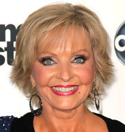 Florence Henderson went for a trendy layered razor cut at the premiere of 'Dancing with the Stars' season 11.